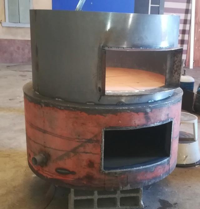 Un four à pizza dans une ancienne cuve à mazout !!? Img_2021