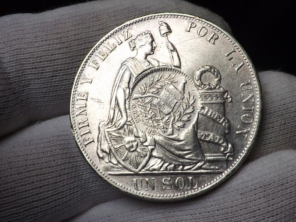 1 Peso sellado de Guatemala 1.894 sobre 1 Sol peruano de 1.889. Dscf3436