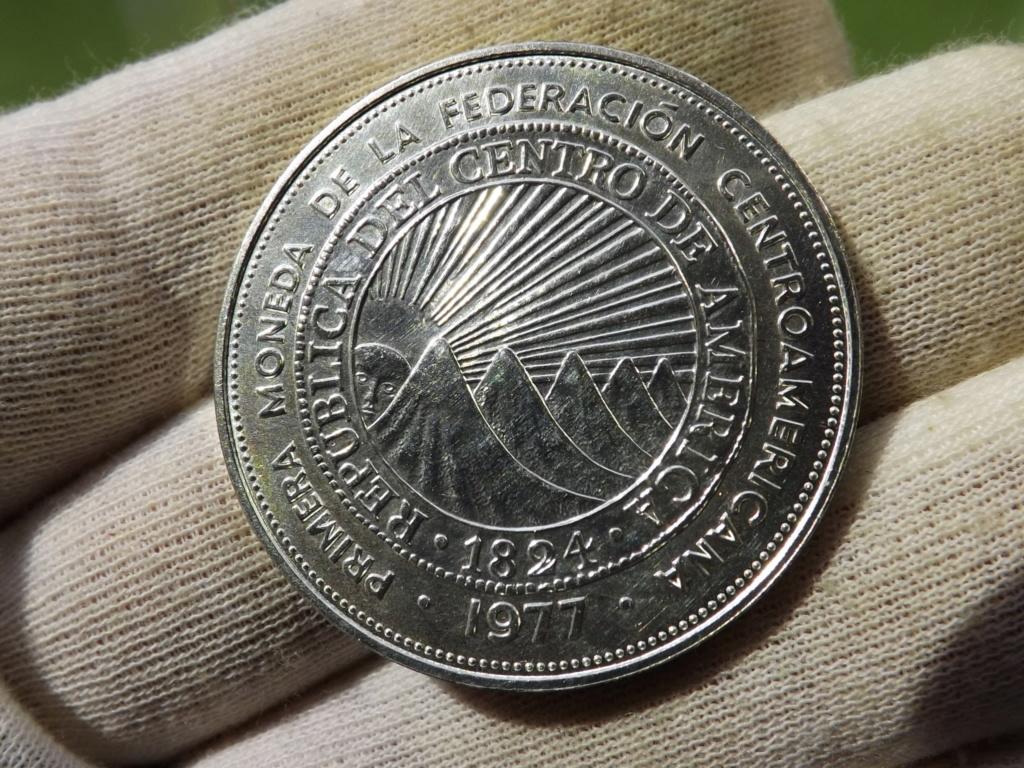 """25 Colones de 1.977. Mi desagravio tras los""""0"""" votos a El Salvador. Dscf5110"""
