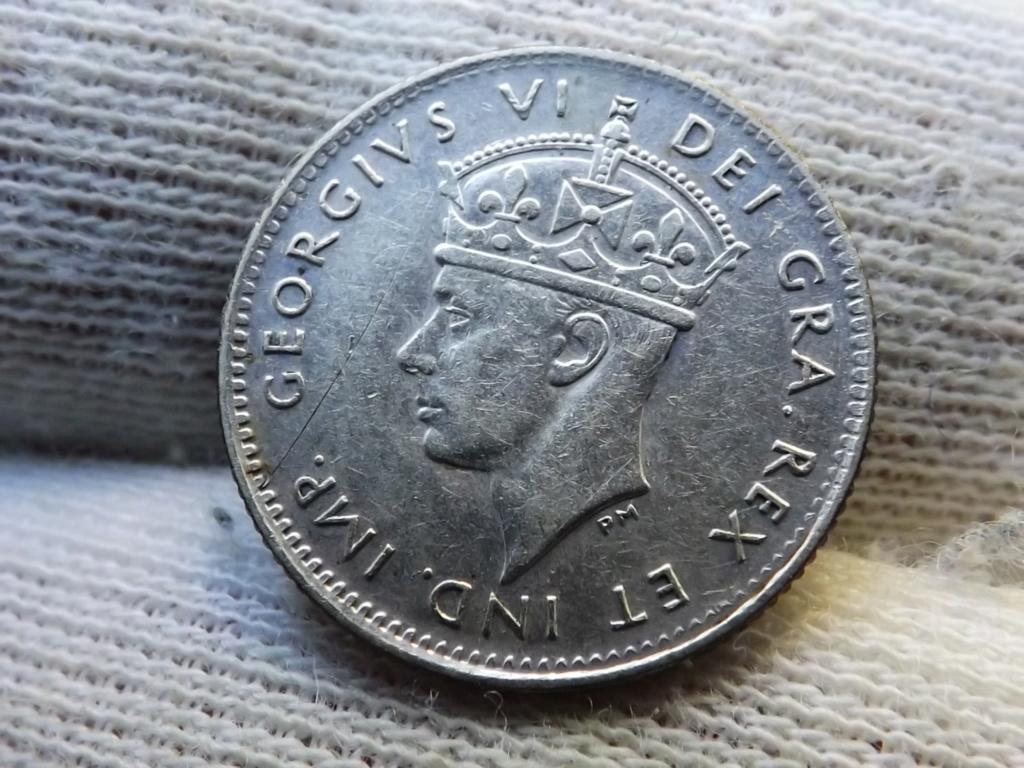 ¡¡¡Pe(z)queñinas sí, gracias!!! Terranova 5 Centavos de 1.945. Dscf5428