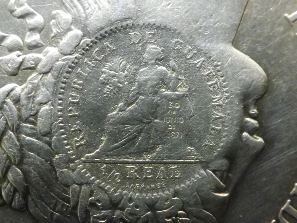 1 Peso de 1.894, Guatemala (sellado sobre 5 Pesetas de Perú 1.880). Dscf6714