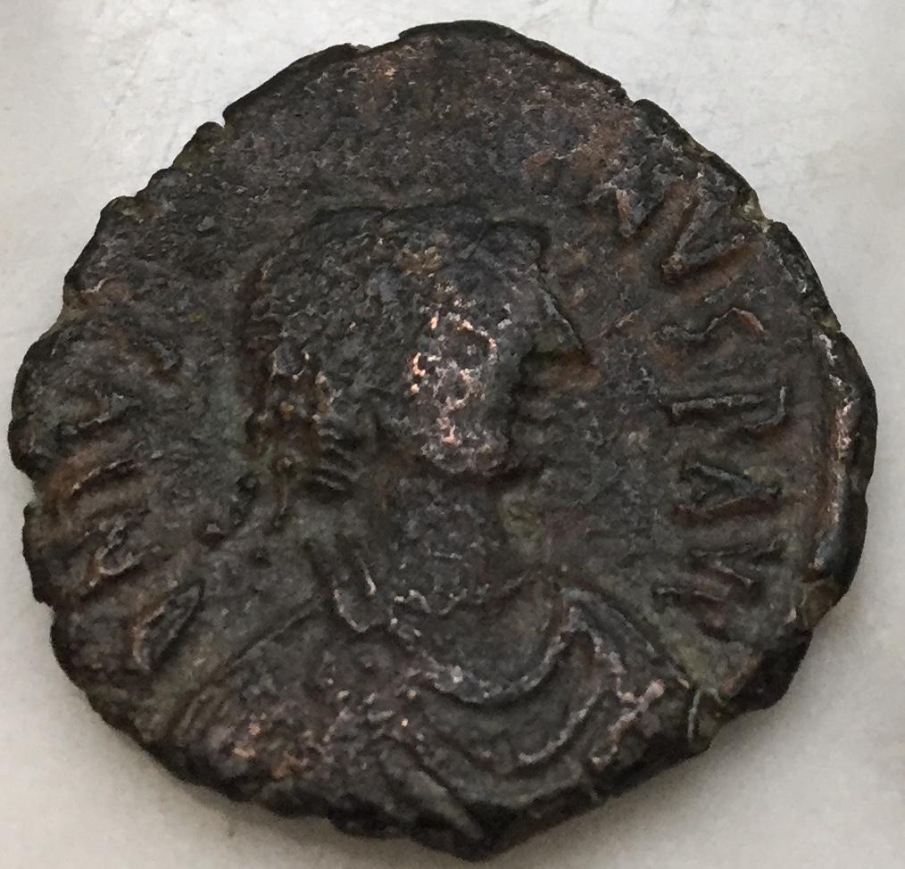 20 Nummi de Justino I o Justiniano I, Nicomedia 2ª oficina Img_e710