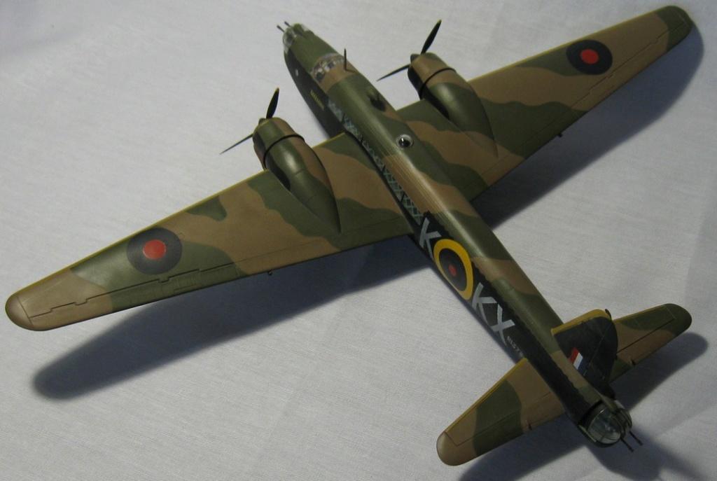 Vickers Wellington Mk.IC NOVO 1/72 Img_0944