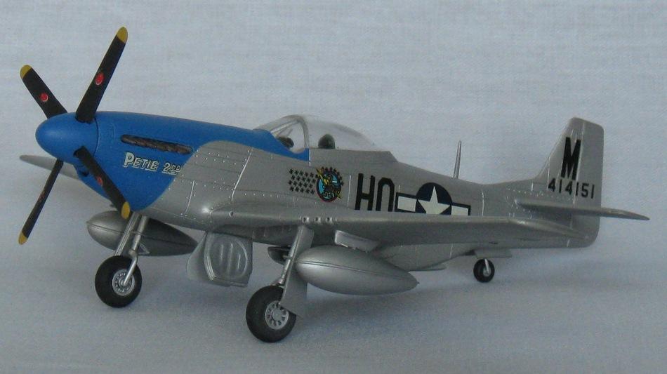 P-51D Mustang Hasegawa 1.72 Img_0947