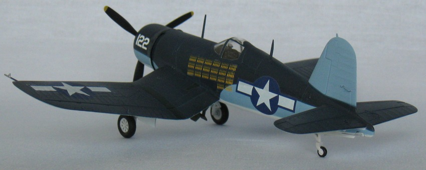 Chance Vought F4U-1А  Academy 1/72 Img_0959