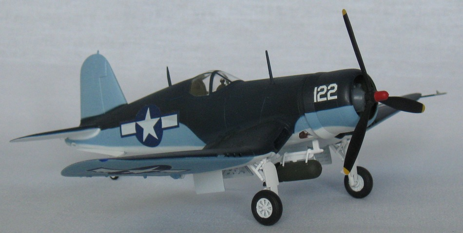 Chance Vought F4U-1А  Academy 1/72 Img_0962
