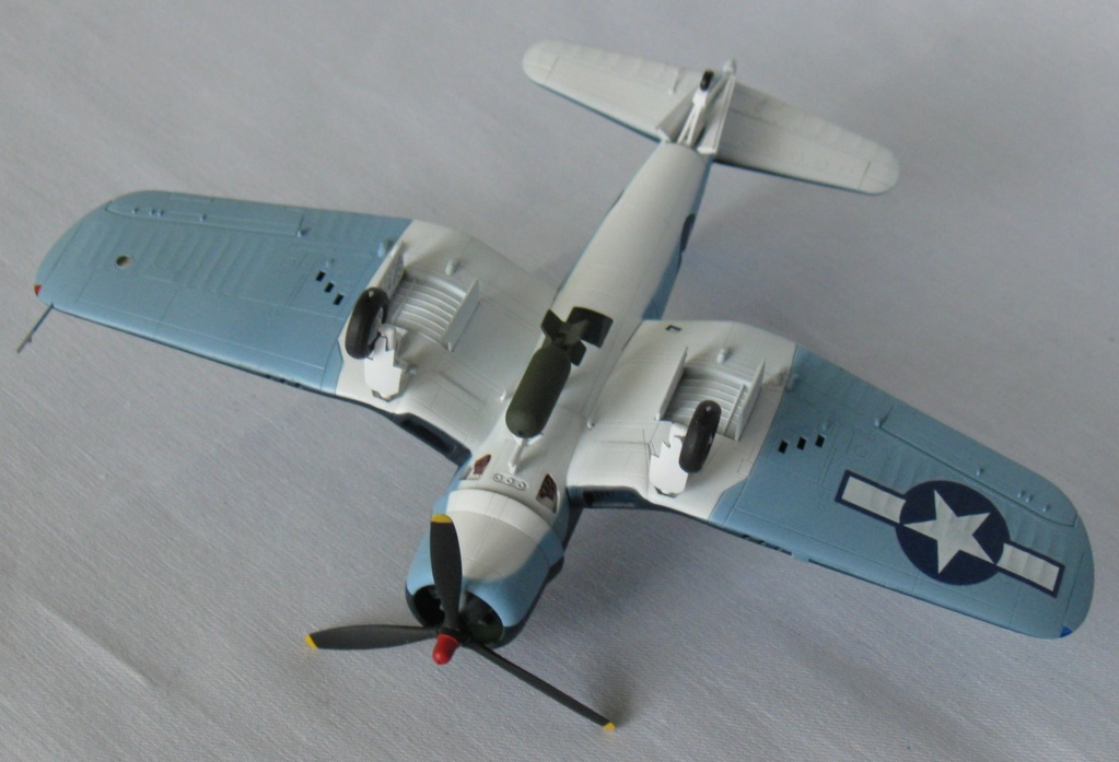 Chance Vought F4U-1А  Academy 1/72 Img_0963