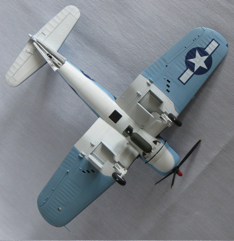 Chance Vought F4U-1А  Academy 1/72 Img_0964