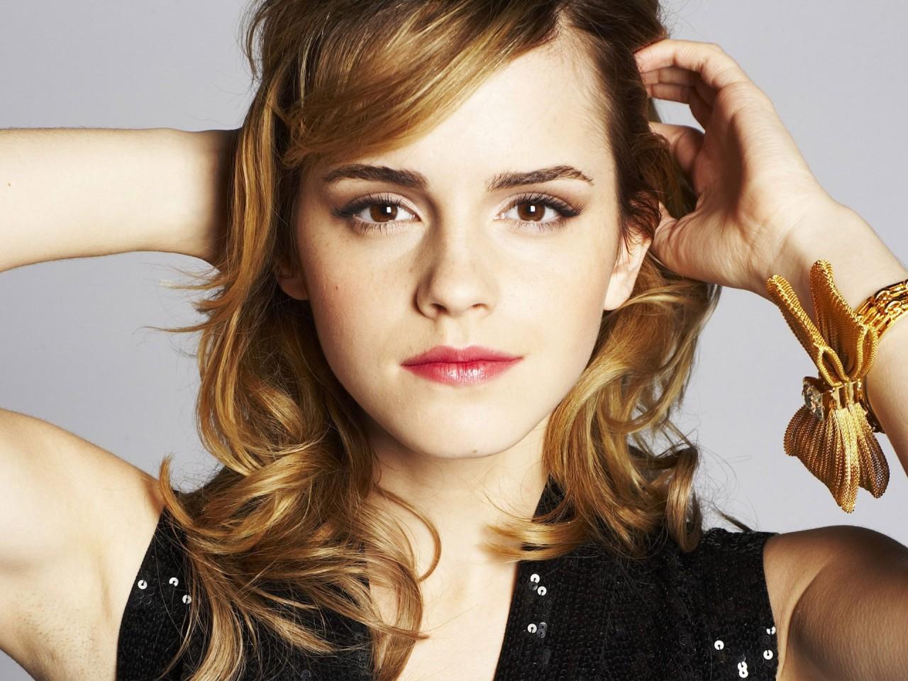 Emma Watson - Page 3 Emma_w22