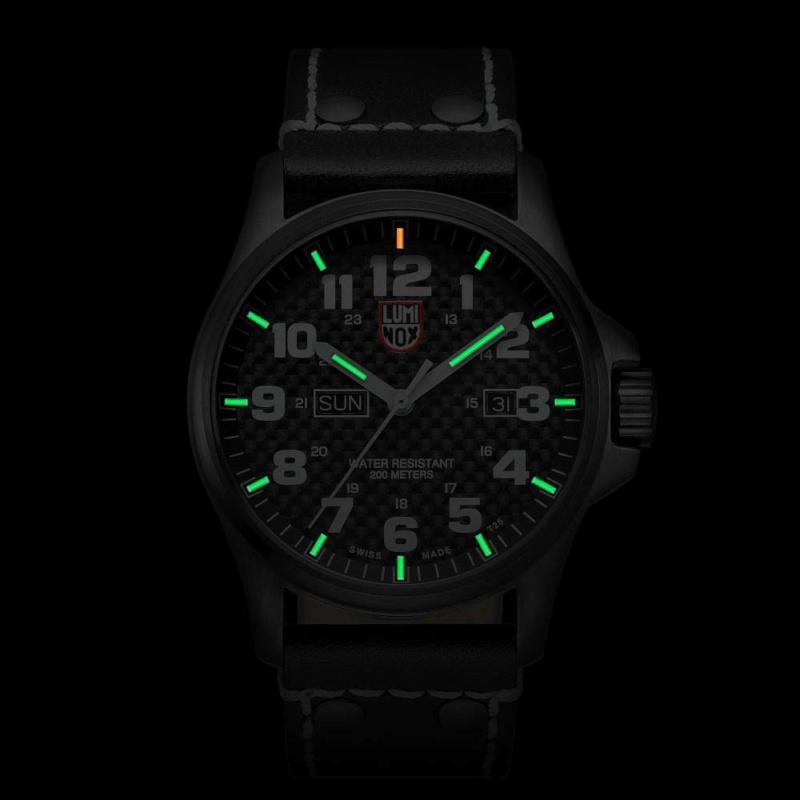 А в кого які годинники? (У кого какие часы) Lumino10