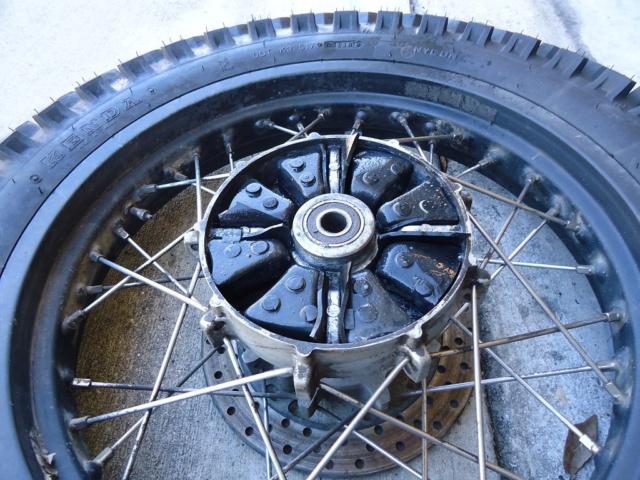 Reparation de les silent blocs en caoutchouc a la couronne. I-fbj311