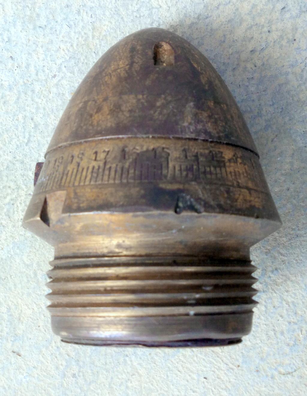 fusée d'obus didactique Img_2107