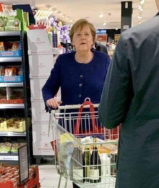 Merkel en Alsace. 14383610