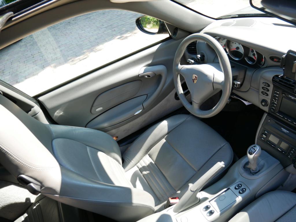 Vends 996 Carrera 4, 2001, BVM6 P1020418