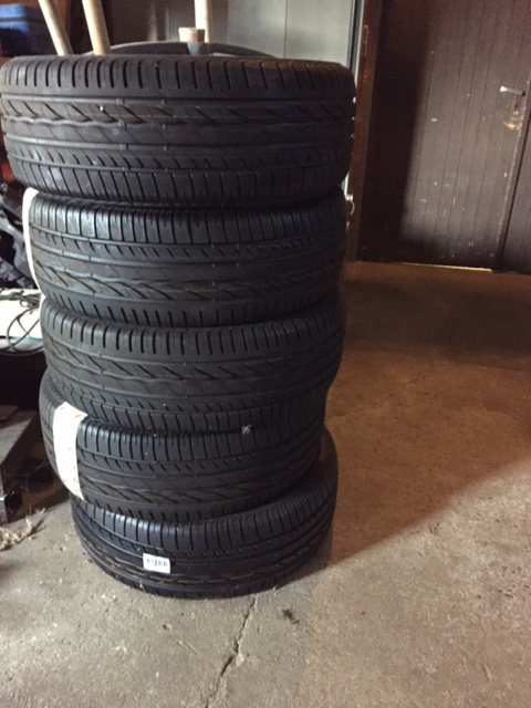 vend 5 pneus neufs en 235 55 r 17 103v bridgesron turanza er300 Img_7113