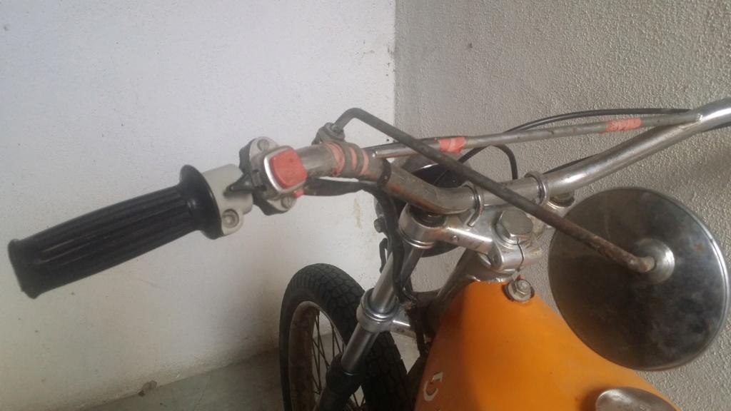 Mi primera Ducati 810