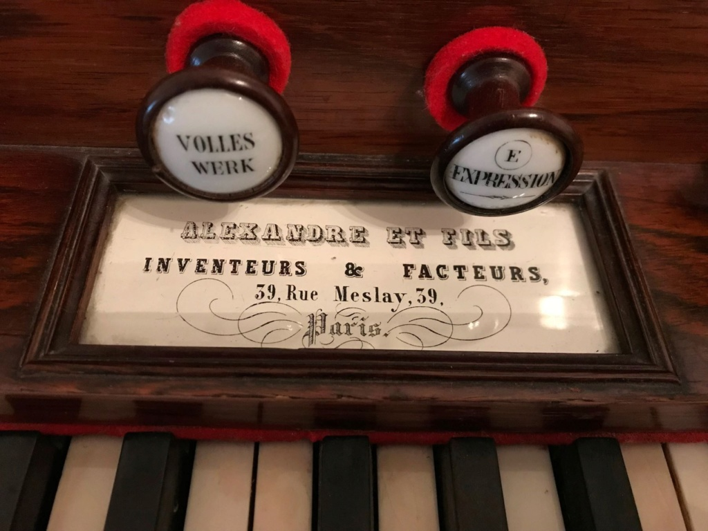 Conseils pour l'achat d'un harmonium Alexan10