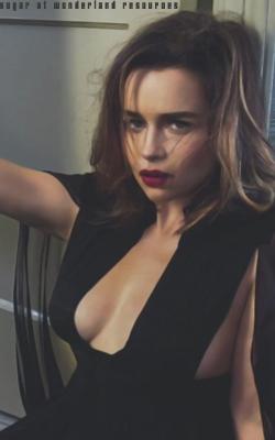 Emilia Clarke Sem_tz14