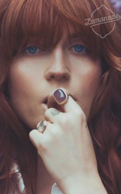 Florence Welch Sem_tz52