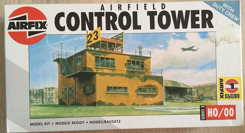 [AIRFIX] Tour de contrôle aérodrome RAF (échelle HO/OO - Ref. 03380) 1_boit16