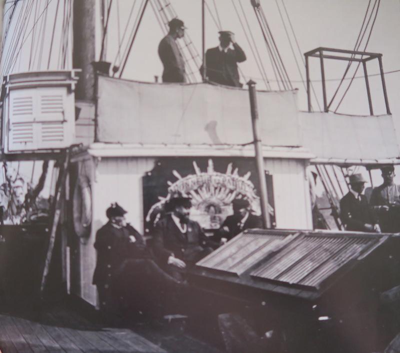 Pourquoi Pas? 1908 (1/75° Billing Boats) - Page 15 358_ca11