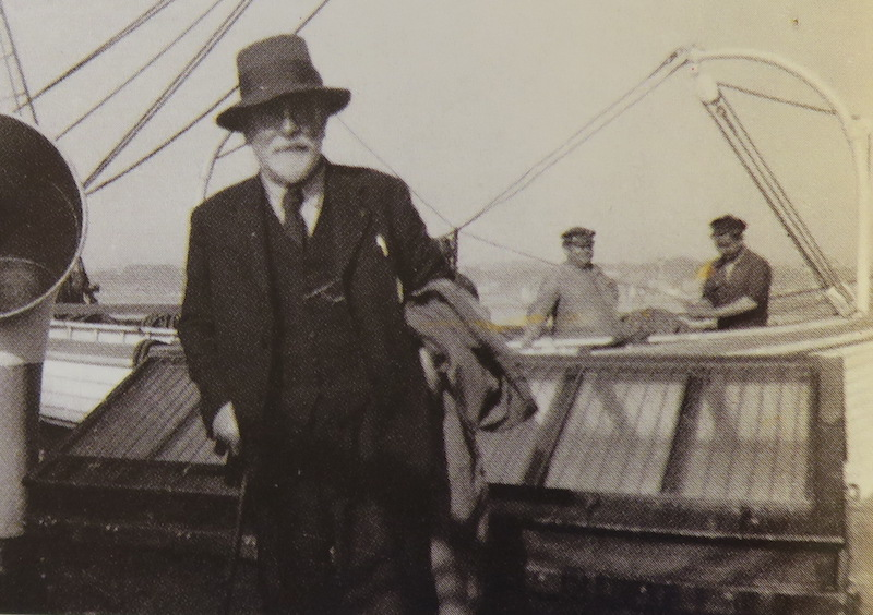 Pourquoi Pas? 1908 (1/75° Billing Boats) - Page 16 386_cl11