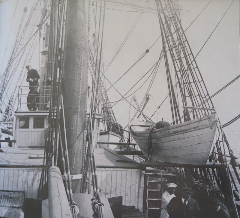 Pourquoi Pas? 1908 (1/75° Billing Boats) - Page 16 387_ch11