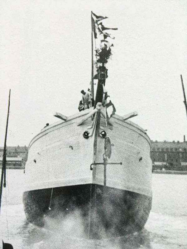 Pourquoi Pas? 1908 (1/75° Billing Boats) - Page 20 481_pr10