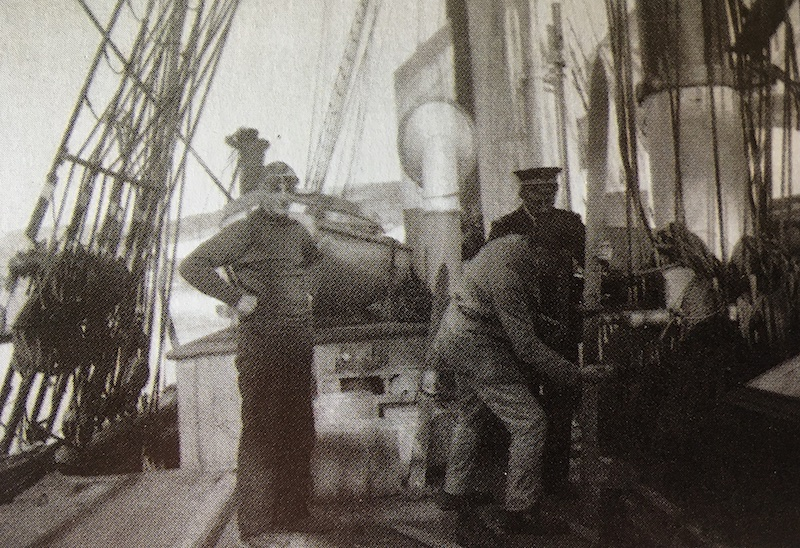 Pourquoi Pas? 1908 (1/75° Billing Boats) - Page 21 509_ma10