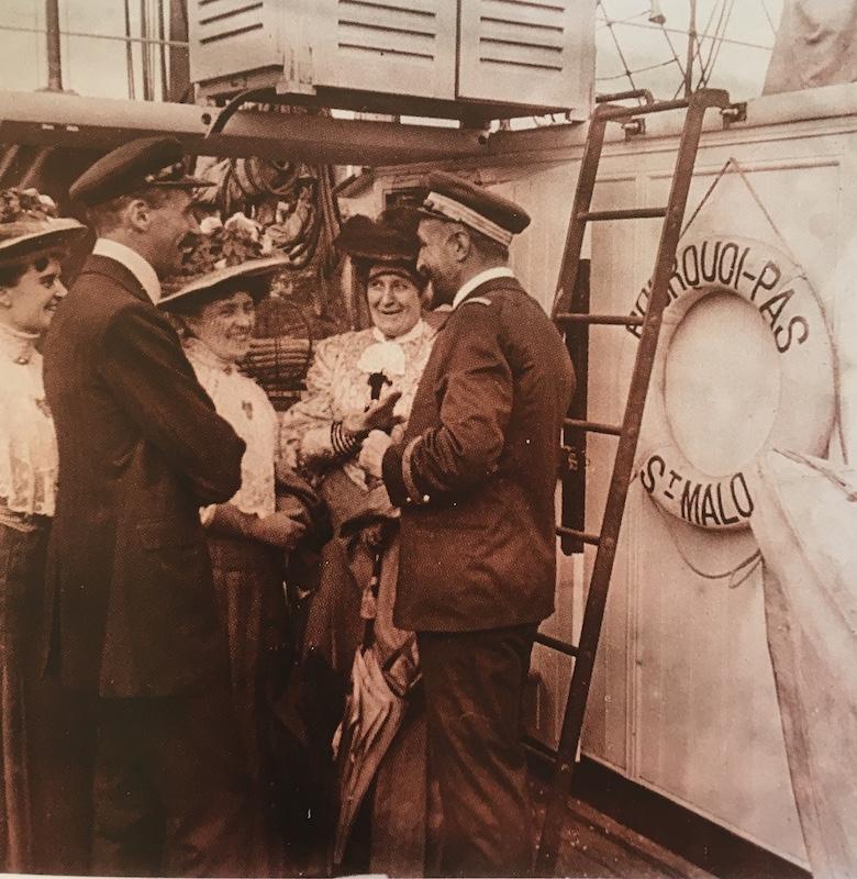 Pourquoi Pas? 1908 (1/75° Billing Boats) - Page 22 532_ec10