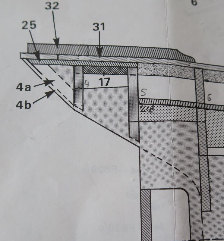 Pourquoi Pas? 1908 (1/75° Billing Boats) - Page 4 72_pla10
