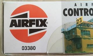 [AIRFIX] Tour de contrôle aérodrome RAF (échelle HO/OO - Ref. 03380) 8_refe10