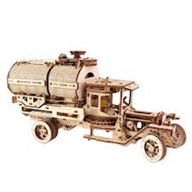 """La locomotive à vapeur en bois de chez """"Nature & Découvertese""""  - Page 2 Camion10"""