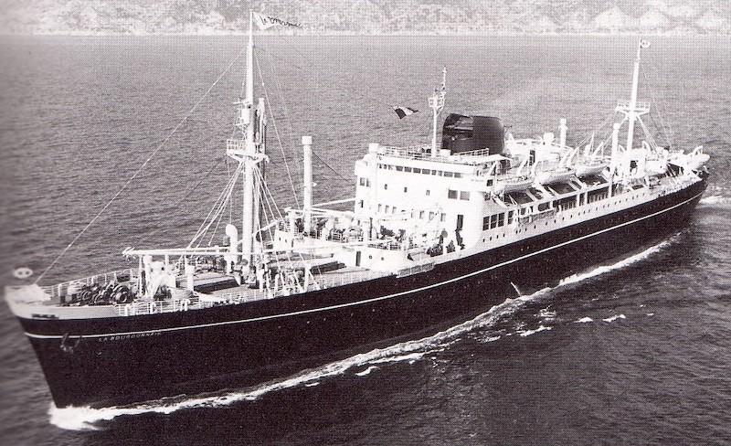 Dio : Arrivée à NYK du SS Brasil & remorqueur (Revell 1/400°) par PLEF - Page 2 La_bou10