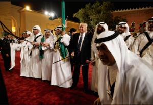 Питер Мейер - Q и команда Трампа побеждают Глубинное государство изнутри (в 3 частях) Saudi-10