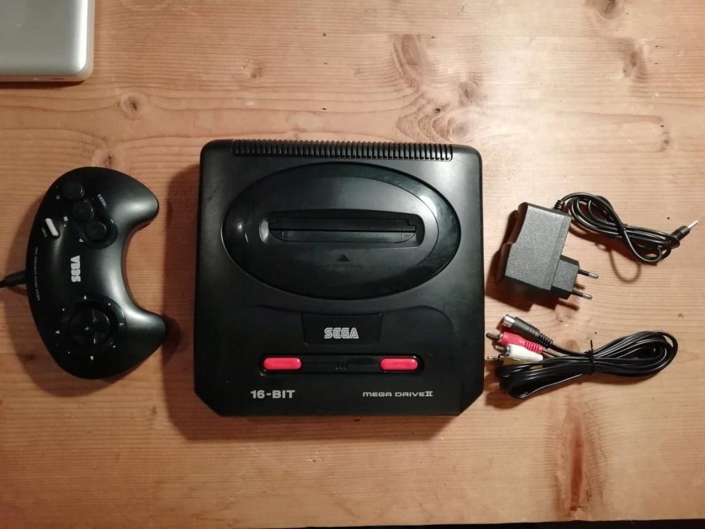 [Vds] Megadrive 2 avec jeux, Piece et coque GG, Jeux DC 13189610