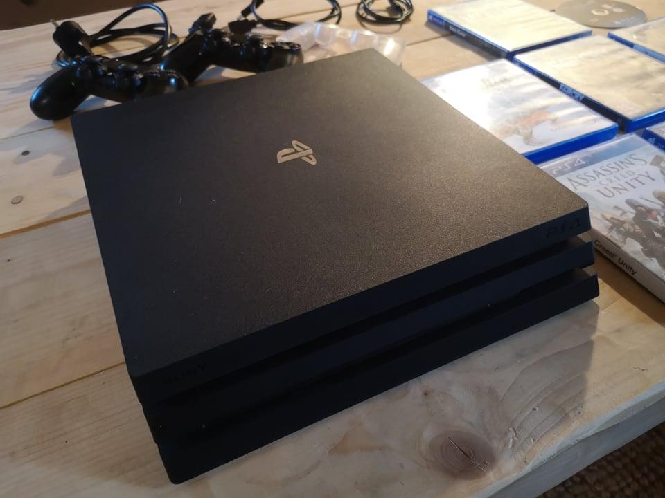 [Vds] Lot PS4 Pro, Lot jeu Xbox360, One, PS1, PS3, DS, Pokemon Platine, Metroid Fusion 21919810