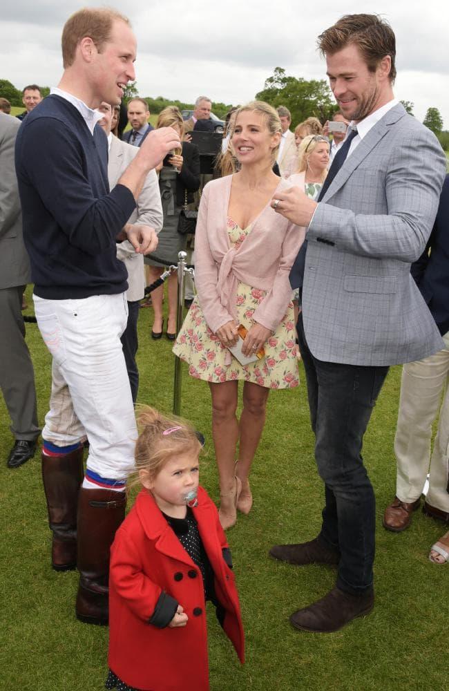 ¿Cuánto mide el Príncipe Guillermo / William de Inglaterra? C1ccf010