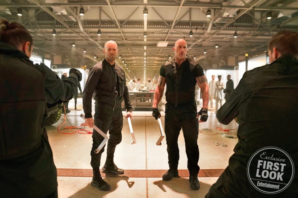 Bajos que se ven enormes como Tom Hardy y Josh Brolin Has_2110