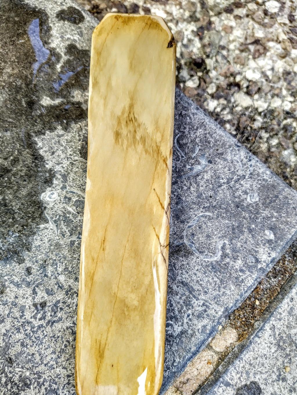 Quelle est cette pierre ? Img_2011