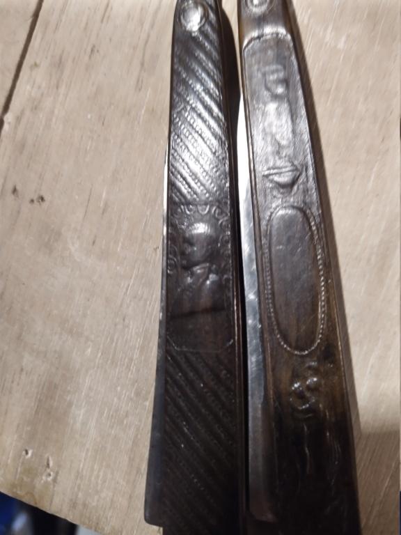 Besoin d'aide pour 4 très anciens rasoirs Img_2161