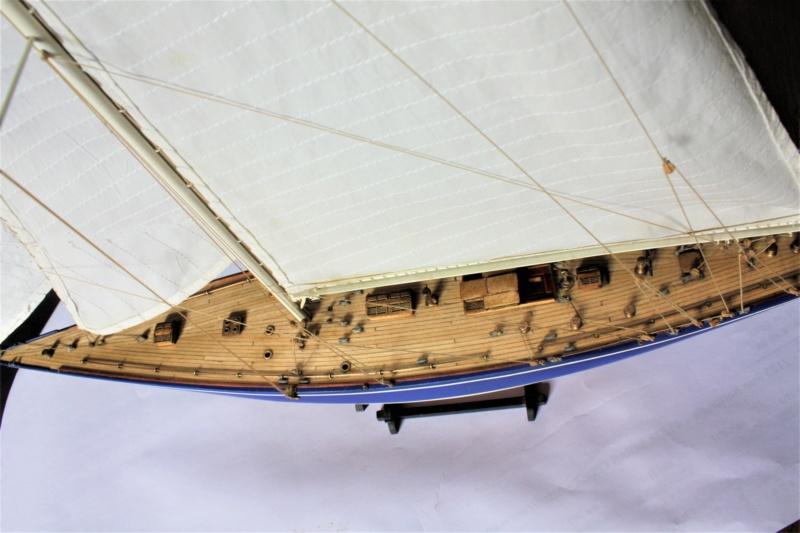 Endeavour 1934 AMATI 1/80 Img_3915