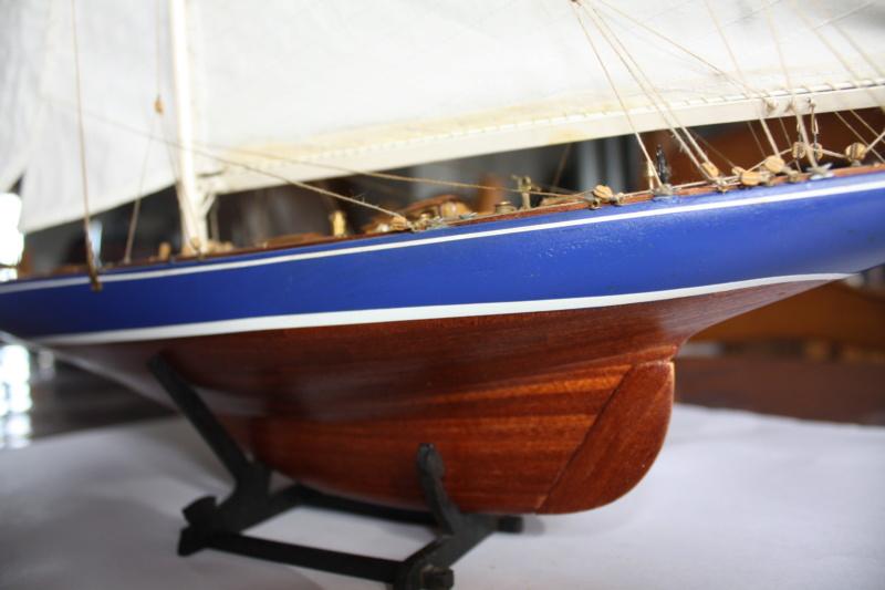 Endeavour 1934 AMATI 1/80 Img_3916