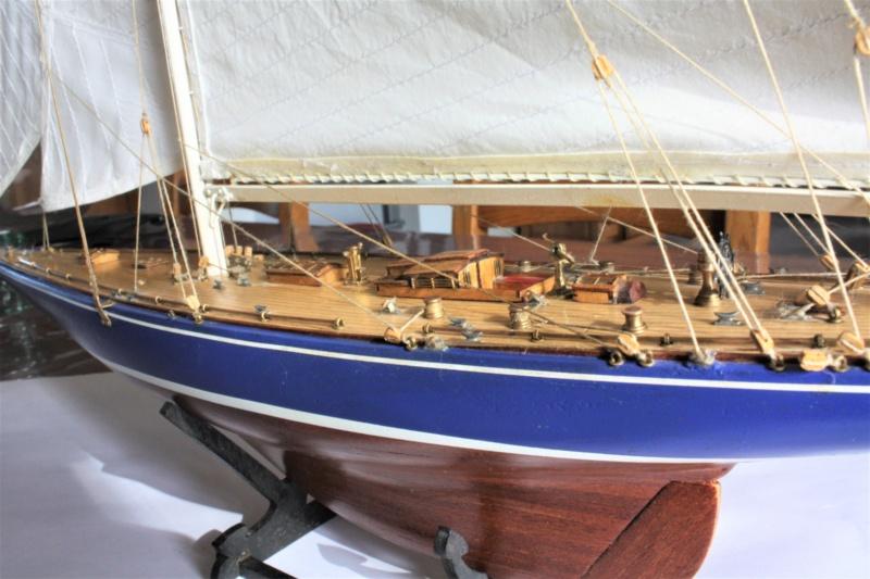 Endeavour 1934 AMATI 1/80 Img_3917