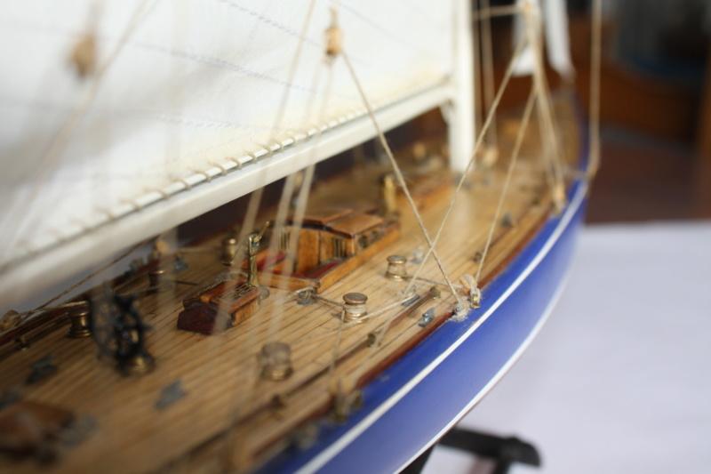 Endeavour 1934 AMATI 1/80 Img_3918
