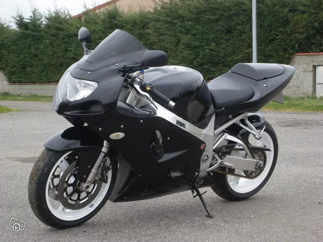 [HS] Y'a t'il des motards sur le forum? 10797510