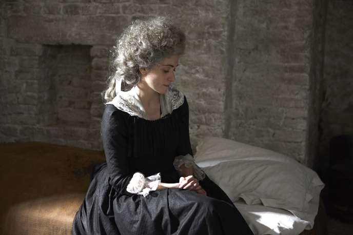 Marie-Antoinette- Ils ont jugé la reine - Page 3 57bd7010