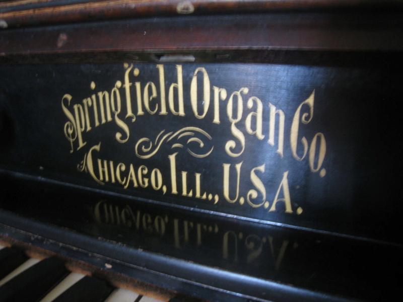 harmonium américain Springfield Organ Company à donner Img_7915