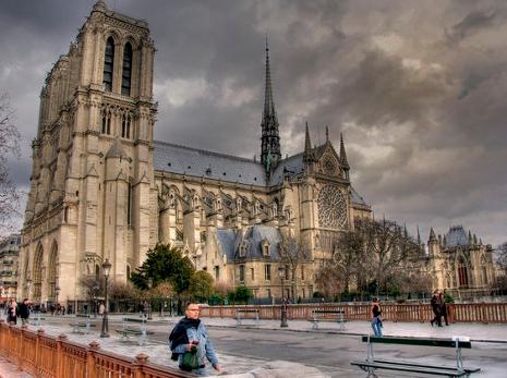 Notre-Dame sous les astres Ndp510