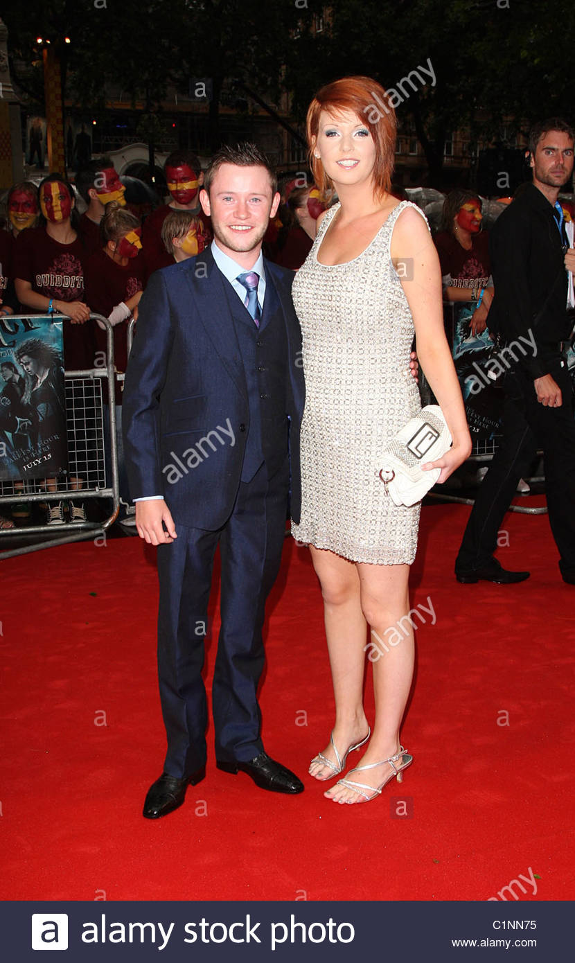 ¿Cuánto mide Devon Murray? - Altura - Real height Devon-10